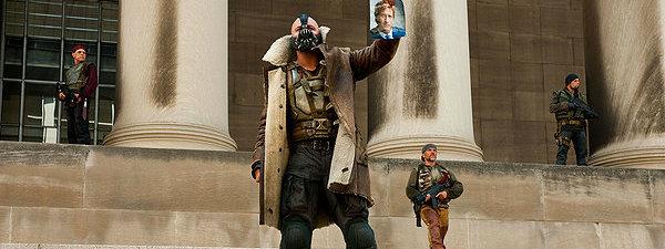 Dark-Knight-Rises-Bane-Tumbler-Dragonlord-1.jpg